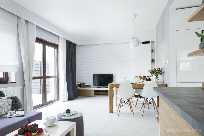 Pastelowe wn trze kwadraton for Biala cegla w salonie