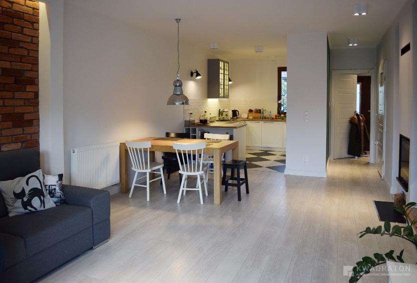 kwadraton-wnetrze-styl-loftowy-salon